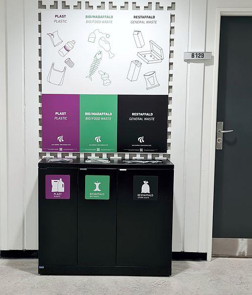 Affaldsbeholder for sortering